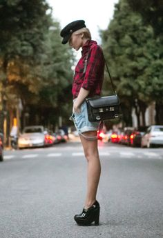 http://www.thecablook.com/outfit/tartan-shirt-night/