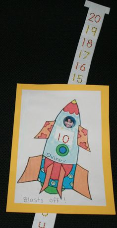blast off art project, blast off rocket, blasting off activities, blasting off ideas, blasting off lessons, counting backwards art project, counting backwards from 20 to 0, counting backwards from 10 to 0, counting backwards certificates, counting backwards booklet, counting backwards ideas,