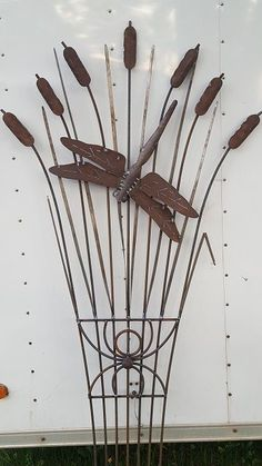 """See our internet site for additional relevant information on """"metal tree art diy"""". It is actually an outstanding area to read more. Metal Yard Art, Metal Tree Wall Art, Scrap Metal Art, Metal Sculpture Artists, Steel Sculpture, Art Sculptures, Metal Welding, Welding Art, Welding Design"""