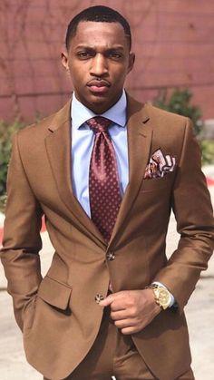 Vision of Beauty Black Suit Men, Fine Black Men, Brown Suits For Men, Mens Fashion Suits, Mens Suits, Malboro, Jogging, Tailor Made Suits, Classy Men