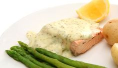 Broiled Salmon with Lemon Dill Sauce Salmon Recipes, Meat Recipes, Lemon Dill Sauce, Dill Salmon, Dill Dressing, Giant Food, Healthy Sauces, Fish And Meat, Seafood Dinner