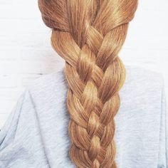 Warkocz z 5czesci krok po kroku już na blogu!  Link w bio  przylaczajcie się do wyzwania 10 warkoczy krok po kroku! Nauczymy się czesać  #warkocz #warkocze #krokpokroku #wyzwanie #blogowlosach #wlosomania #wlosomaniaczka #fryzury #wlosy #dlugiewlosy #365daysofbraids #day89 #braidschallenge #instabraids #lovehair #hairart #hairstylist #hairblog #hairblogger #hotd #braids #longhair