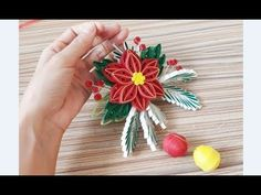 DIY Paper Quilling -Christmas Wreath - Easy & Simple Christmas design 18 - YouTube