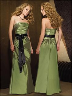 Green sheath bridesmaid dress with black sash (I'd make it dark blue, of course)