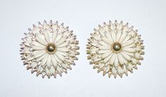 2102~Large Vintage Gold Tone White Flower Clip Back Earrings Perfect For Summer! #ClipBack