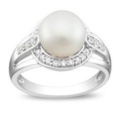 Pearl rings are so pretty. If I could only tell if it was nickel free...