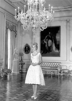 Duchess of Alba, the World's Most Titled Aristocrat, Dies Spanish Royalty, Glamour, Famous Women, Iconic Women, Madame, Designer Dresses, Beautiful People, Flower Girl Dresses, Wedding Dresses