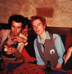 29th July 1977.  Sid Vicious (Sex Pistols), John Tiberi (Boogie).  Sweden.