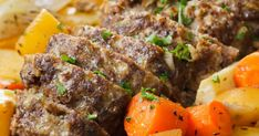 Perinteinen lihamureke sopii niin arkeen kuin sunnuntaipöytäänkin. Tämä helppo mureke on varmasti mehevä!