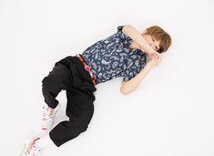 Ryo Yoshizawa, Harem Pants, Pajama Pants, Actors & Actresses, Japanese, Celebrities, Boys, How To Wear, Clothes