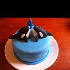 Orca birthday cake