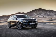 The 2019 BMW is the new range-topping version of the slightly different and better looking crossover based on the BMW and now it comes with the most powerful four-cylinder engine the company's ever built. Bmw Suv, Bmw Classic Cars, Classic Car Show, Best Luxury Cars, Luxury Suv, Luxury Life, Supercars, Crossover, Mustang