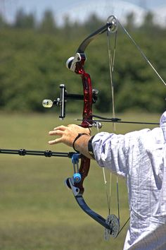 Compound Bow Target Shooting