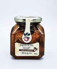100% Natural, Raw honey infused with dried apples and cinnamon. Honey with Dried Apple and Cinnamon is a delicious combination with full of fantastic health benefits. Australian Honey, Dried Apples, Raw Honey, Charcuterie Board, Amino Acids, Glass Jars, Smoothies, Cinnamon, Vitamins