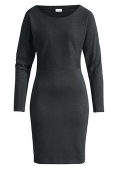 Sportlich und feminin, raffiniert geschnitten. Modernes Damenkleid, das zum Lieblingsstück werden kann. Aus angenehm elastisch-festem Jersey: lässig oben, körpernah ab der Taille. Kleid mit überschnittenen Schultern, perfekt für jeden Anlass. #hessnatur #naturmode #bio #eco