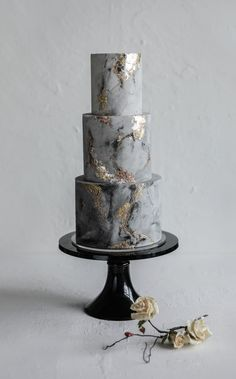 amazing wedding cakes marble wedding cakes Aissa and Kevins mixed metal/concrete effect wedding cake. You are in the right place about Wedding Cake vintage Here we of Amazing Wedding Cakes, Amazing Cakes, Black Wedding Cakes, Gold Wedding, Floral Wedding, Unusual Wedding Cakes, Metallic Wedding Cakes, Crazy Wedding, Wedding Greenery