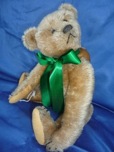 (1908) Steiff Muffin – Grandma's Teddies // Oh my this would be a dream bear for me !!