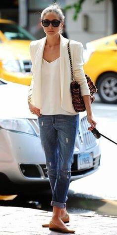 White blazer flats boyfriend jeans business outfit idea