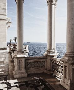 Miramare Schloss, Friuli-Venezia Giulia, Italien – Wanderlust – You are in the right place about Beautiful Architecture, Art And Architecture, Classical Architecture, Education Architecture, Holland Strand, Travel Aesthetic, Summer Aesthetic, The Places Youll Go, Travel Inspiration