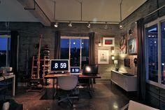 """""""desk, where criativity is born"""""""
