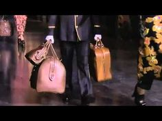 Louis Vuitton Fall 2012/2013 Full Fashion Show HD