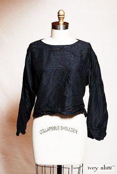Ivey Abitz Black Taffeta Bartholdi Shirt - layered look Med as new steampunk
