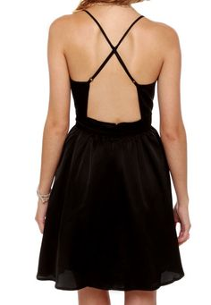 (http://www.adabelles.com/the-classic-with-a-twist-dress/)