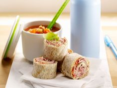 Discover our quick and easy Slimming Wrap Recipe on Current Cuisine! Find the steps to prepare tips and advice for a successful dish. Veggie Muffins, Healthy Muffins, Quick Healthy Breakfast, Diabetic Breakfast, Diabetic Recipes, Healthy Recipes, Pumpkin Spice Cupcakes, Wrap Recipes, Freezer Meals