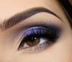 Simple Purple and Black Make-up
