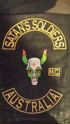 Biker Clubs, Motorcycle Clubs, Bike Gang, Biker Quotes, Biker Patches, Cut And Color, Motorbikes, Harley Davidson, Merry
