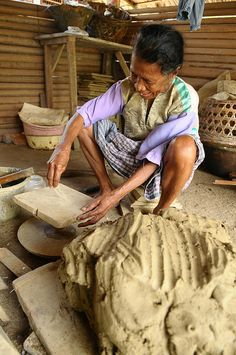 Traditional Pottery from Ouw Village,Saparua,Ambon,Indonesia