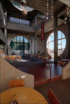 Interior Exterior, Exterior Design, Interior Architecture, Futuristic Architecture, Future House, Japanese Interior Design, Vintage Interiors, House Goals, Cool Rooms