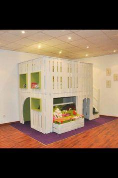 Pallet playhouse for Wyatt! @ Olivia Payton
