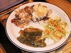 Pastitsio, One of My Favourites Coleslaw, Pasta, Salad, Beef, Chicken, My Favorite Things, Food, Meat, Coleslaw Salad