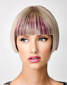 Short Blunt bob cut, luv this idea Short Wedge Haircut, Crop Haircut, Bob Haircut With Bangs, Short Bob Haircuts, Pixie Hairstyles, Straight Hairstyles, Blonde Hairstyles, Short Hair Cuts, Short Hair Styles