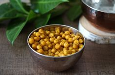 Oven roasted chickpeas.  Try a taste of Morocco with these deliciously Ras el Hanout fragrant chickpeas.