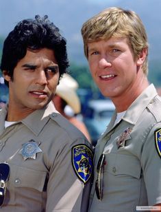 Ponch and Jon best friends forever Larry Wilcox, Chips Series, Chuck Norris Facts, Robert Sean Leonard, 80 Tv Shows, Nostalgia, Cop Show, Hot Cops, Elvis And Priscilla