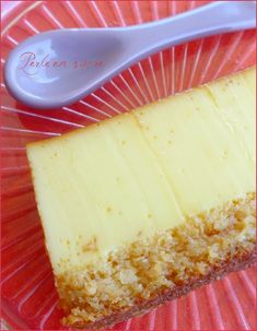 Coconut flan (or West Indian flan) Flan Dessert, Flan Cake, My Dessert, Dessert Recipes, Keto Recipes, Carribean Food, Caribbean Recipes, Coconut Flan, Vegan Granola