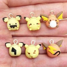 Today I have this Pichu, Pikachu and Raichu chubbymons! Thanks so much for such an amazing response on my other chubbymons… Fimo Kawaii, Polymer Clay Kawaii, Kawaii Crafts, Fimo Clay, Polymer Clay Projects, Polymer Clay Charms, Polymer Clay Jewelry, Polymer Clay Miniatures, Polymer Clay Creations