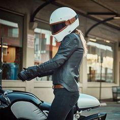 Retro Motorcycle Helmets, Motorcycle Style, Biker Style, Ural Motorcycle, Motorcycle Girls, Cafe Racer Style, Cafe Racer Girl, Chicks On Bikes, Honda Scrambler