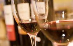 Evidencias científicas que confirman que el consumo moderado de alcohol prolonga la vida http://www.vinetur.com/2013111313886/evidencias-cientificas-que-confirman-que-el-consumo-moderado-de-alcohol-prolonga-la-vida.html
