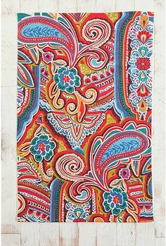 I hated paisley when I was little, but I didn't like it on turtlenecks...now, I love it, esp on this rug!  I have a rug fetish, I think.