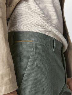 SLIM FIT MICRO-PRINT CHINO TROUSERS - Men - Massimo Dutti Men Trousers, Printed Trousers, Women's Pants, Formal Pants, Pants For Women, Menswear, Mens Fashion, Denim, Store