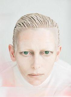 Tilda Swinton su W Magazine Agosto 2011 by Tim Walker