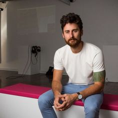 A Newcastle man passionate about virtual reality is opening a studio dedicated to the technology.