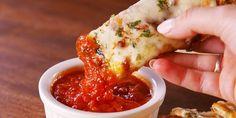 Best Zucchini Cheesy Bread Recipe – How to Make Zucchini Cheesy Bread Zucchini Cheesy Bread, Zucchini Mozzarella, Cheesy Bread Recipe, Zucchini Cheese, Cheese Bread, Zucchini Ravioli, Zucchini Sticks, Bread Pizza, Antipasto