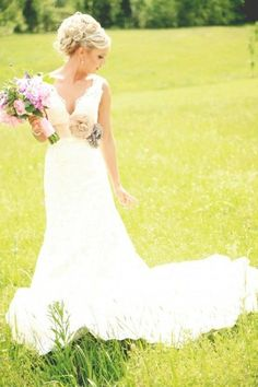 Absolutely love this country style wedding dress...with a coral and grey belt