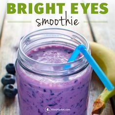 Smoothie of the Week at Abe's Market: Banana Blueberry Pomegranate from Eat Right for Your Sight