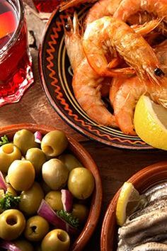 No trip to Spain complete without a tasting menu of the fresh seafood fare #passporttobronze