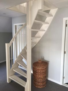 Attic Loft, Loft Room, Attic Rooms, Attic Spaces, Small Staircase, Loft Staircase, Tiny House Stairs, Attic Bedroom Designs, Attic Design